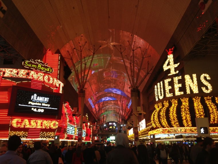 fremont street experience01